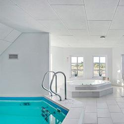 Lei feriehus med pool luksus og wellness i ferien for Pool billig